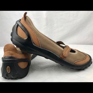 Privo Clarks Mary Jane Flats Womens Size 8 Medium